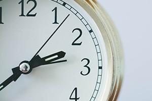Vállalási határidők, díjakkal