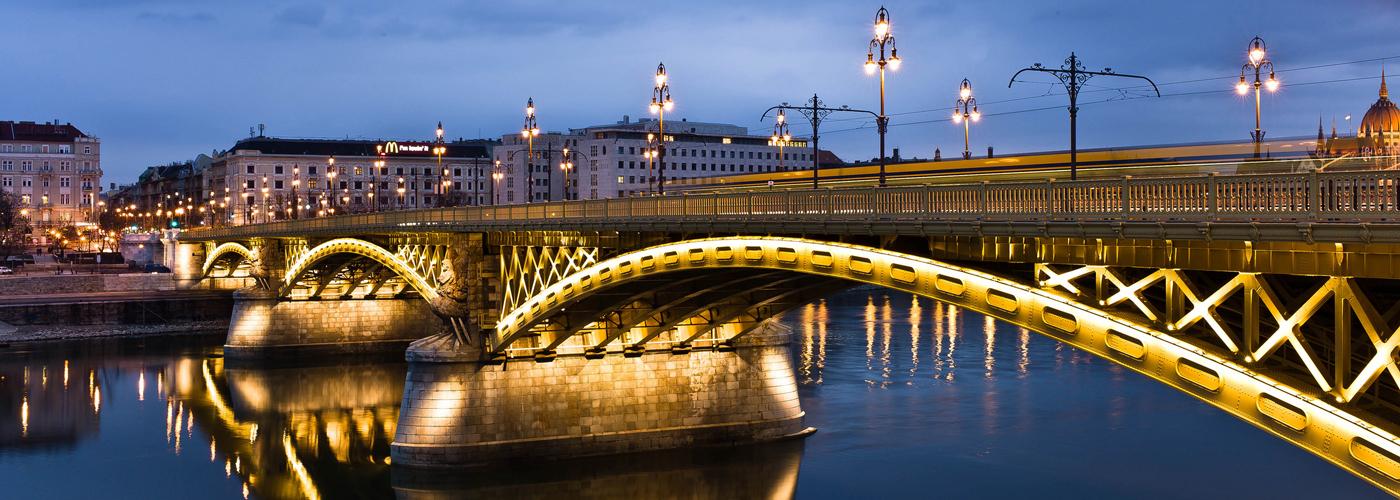 Fordítóiroda a Margit hídnál